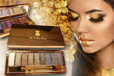 Alvis Fashion - Two glittery eyeshadow palettes - Save 84%