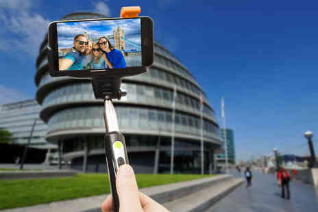 Ckent - Bluetooth selfie stick And zoom control - Save 67%