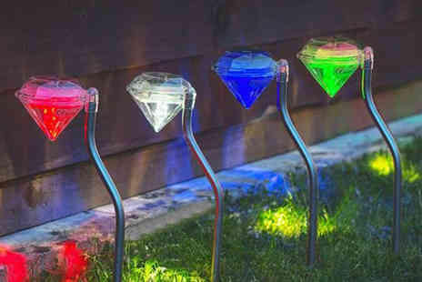 Chimp Electronics - Solar powered diamond shaped stake light - Save 67%