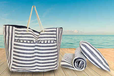 Pearl Info - Striped beach bag including a pillow and mat - Save 74%