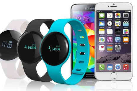 ugoagogo - Lunar Bluetooth Smartwatch Three Colours - Save 85%