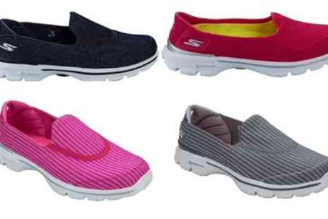 Groupon Goods Global GmbH - Skechers Womens Go Walk Three Trainers - Save 0%
