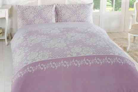 Groupon Goods Global GmbH - Chic Stencil Duvet Cover Set - Save 71%