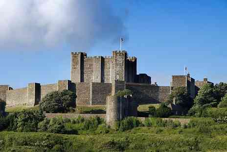 Abbey Tours UK - Day long guided coach tour to Dover Castle and Canterbury - Save 55%