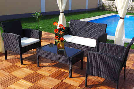 EveMotion GmbH - Four piece extra large rattan garden set with a limited number available - Save 69%