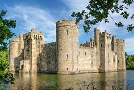 Abbey Tours UK - Bodiam Castle, Battle and Hastings day tour - Save 52%