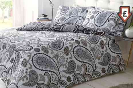 Groupon Goods Global GmbH - Clearance Duvet Set in Choice of Size and Design - Save 74%