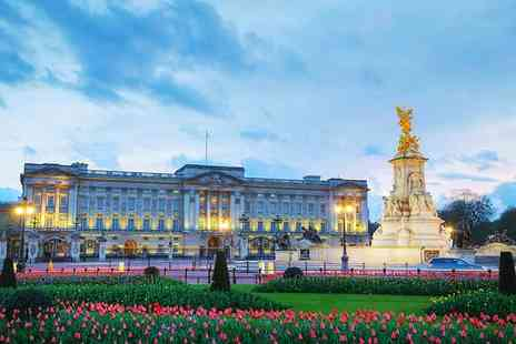 OMGhotels - Three Star London break with breakfast, Buckingham Palace tour and afternoon tea - Save 0%