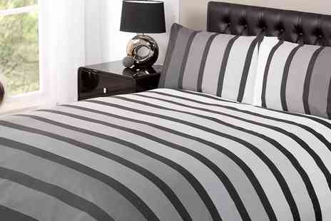 Groupon Goods Global GmbH - Rapport Home Soho Duvet Set in Choice of Size and Colour - Save 74%