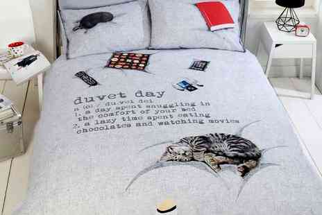 Groupon Goods Global GmbH - Rapport Home Duvet Day Duvet Cover Set in Choice of Size - Save 66%