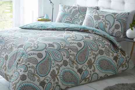 Groupon Goods Global GmbH - Reversible Paisley Duvet Cover Set in Choice of Colour - Save 63%