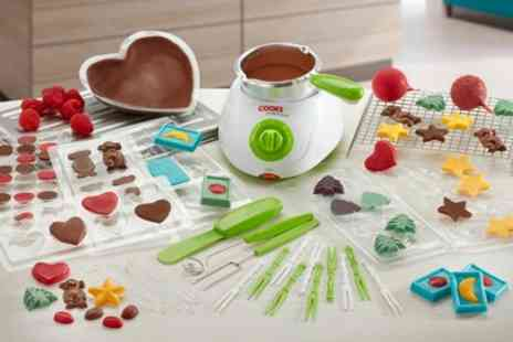 Groupon Goods Global GmbH - Cooks Professional Chocolate Fondue Set with 32 Accessories - Save 60%