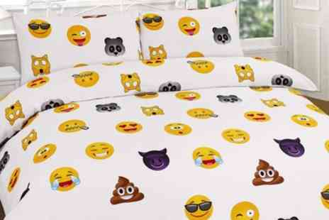 Groupon Goods Global GmbH - Emoji Duvet Cover or Curtain Set in Choice of Colour - Save 57%