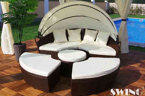 EveMotion GmbH - XXL rattan day bed, with a limited number available - Save 66%