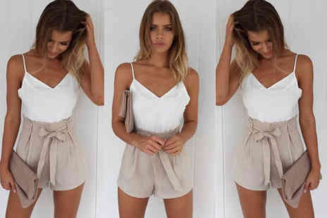 Verso Fashion - White and beige front tie summer playsuit - Save 62%