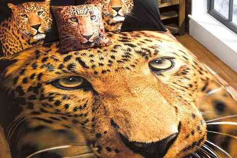 Groupon Goods Global GmbH - Rapport Home Animal Themed Duvet Set - Save 71%