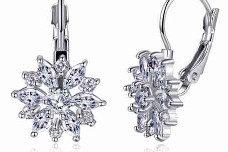 Your Ideal Gift - Pair of clear sapphire flower earrings - Save 80%