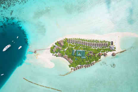 Dhigufaru Island Resort - 4.5 Star Deluxe Boutique Stay - Save 3%