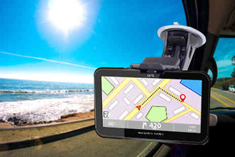 J & Y - Five Piece Touchscreen GPS Sat Nav for UK & EU Maps - Save 78%