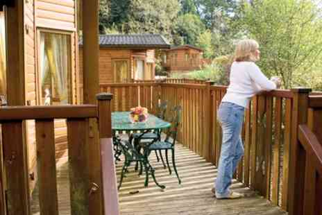 Whitemead Forest Park - Three Night Weekend Stay for Six People with Leisure Access - Save 38%