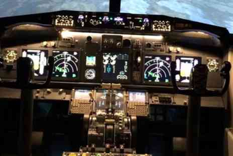 Flightdeck Simulator - 30 Minute or One Hour Simulator Flight Experience - Save 34%