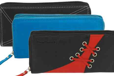 Groupon Goods Global GmbH - Womens Leather Wallet - Save 0%