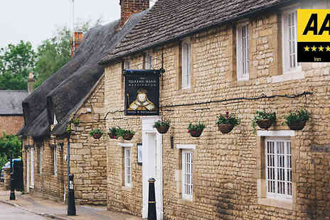 Queens Head Inn - One Night 4 Star Country Break For Two With Breakfast and Dinner - Save 0%