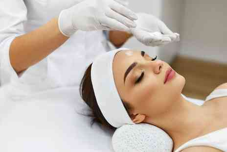 Joannes Hair and Beauty Salon - Mini facial - Save 30%