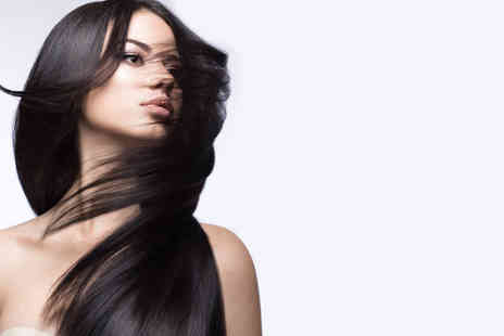HMB Salon - Full head of Brazilian or Peruvian hair extensions using virgin hair - Save 70%