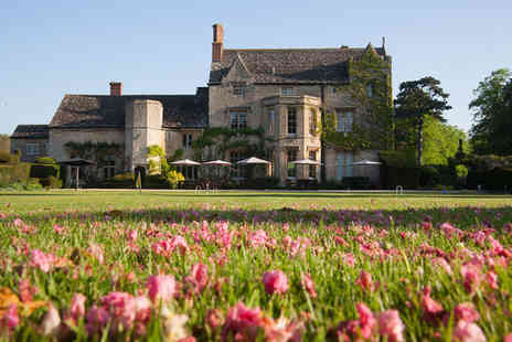The Manor - Four Star Year Old Country House Stay For Two near Bicester - Save 46%