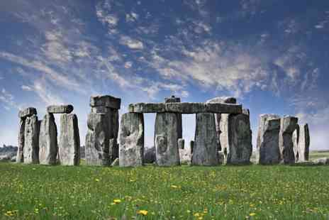 Golden Tours - Stonehenge and Bath tour - Save 50%