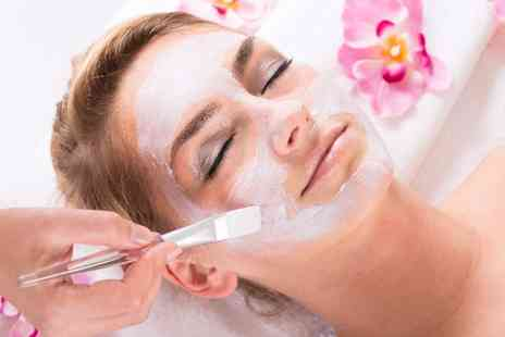 Aesthetics for You - Glycolic facial peel & mask - Save 0%