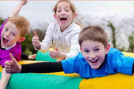 Fun Active - Ticket to a 3km obstacle run course - Save 39%