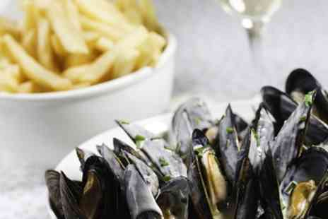 The Oddfellows - Mussels with Prosecco or Steak Meal with Wine for Two - Save 41%