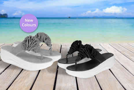 Toy Meets World - Pair of toning flip flops choose from two colours - Save 78%