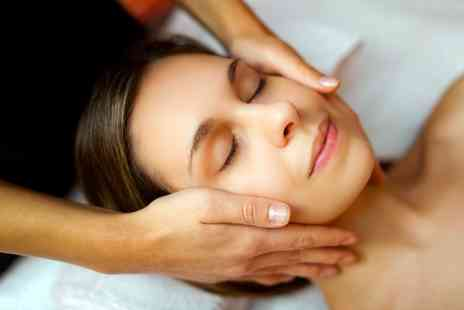 Namras Hair & Beauty - Luxury facial - Save 0%