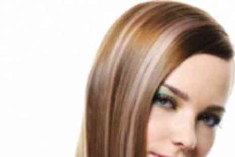 "Le Petit Salon - Full Head of 16"" Micro Ring Hair Extensions - Save 79%"
