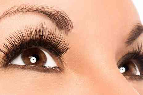 Gedds Hair & Beauty Salon - HD brows treatment and an eyelash tint - Save 58%