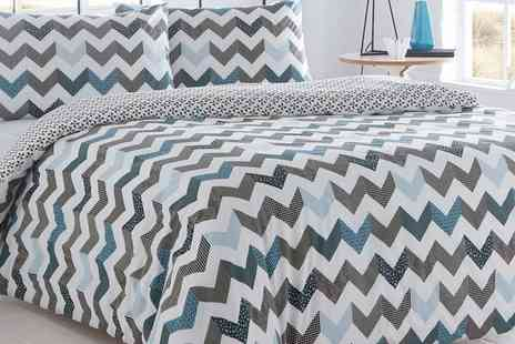 Groupon Goods Global GmbH - Pieridae Chevron or Check Duvet Cover Set in Choice of Colour - Save 69%