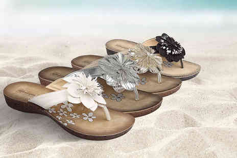 Sole Wish - Pair of floral sandals - Save 44%