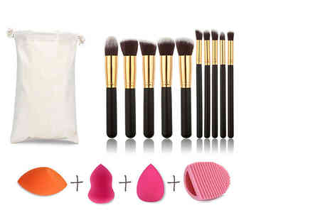 Alvis Fashion - Ten piece makeup brush set with three blending sponges and cleaning tool - Save 77%