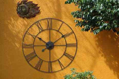 Funky Buys - 40cm, 60cm or 78cm classic vintage cast iron garden wall clock - Save 69%