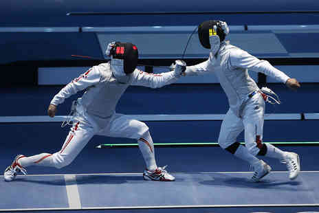 Marshall Fencing Club - Adult 4 week beginners fencing course - Save 60%