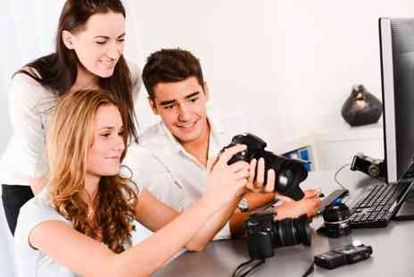 F4 Photography - One day introductory DSLR course - Save 70%