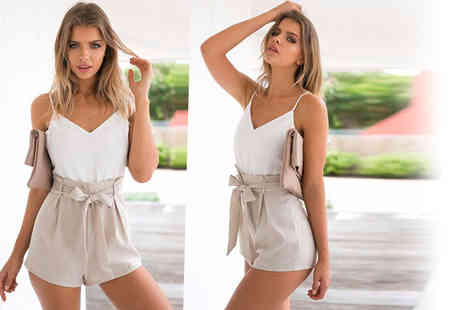 Verso Fashion - White and beige front tie summer playsuit - Save 57%