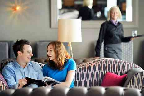 No1 Lounges - Birmingham Airport Lounge with Food & Prosecco - Save 13%