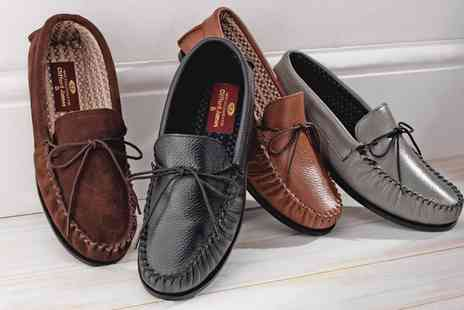 Groupon Goods Global GmbH - Mens Leather Slippers - Save 13%