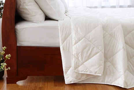 Diana Cowpe - Super Lightweight 1.5 Tog Summer Duvet Available in Four Sizes - Save 68%