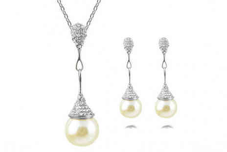 YEPKO - Mariam Pearl Necklace & Earrings Set - Save 75%