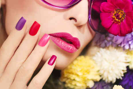 Trendimi - Accredited Gel Manicure & Nail Artist Online Course - Save 84%